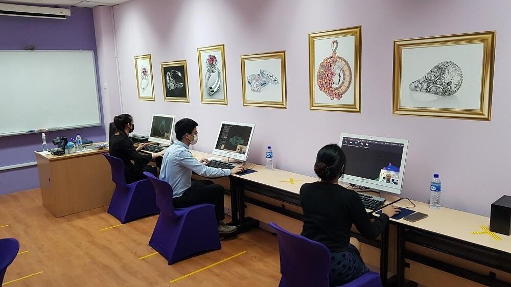 DD100 Gallery Apr21 5